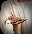 isa-al-masih-menunjukkan-kunci-kerajaan-maut-yang-ia-pegang