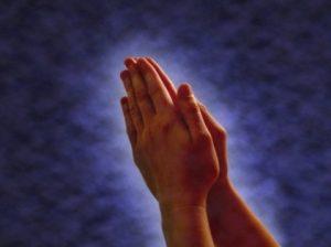 sikap-tangan-yang-sedang-berdoa-beribadah